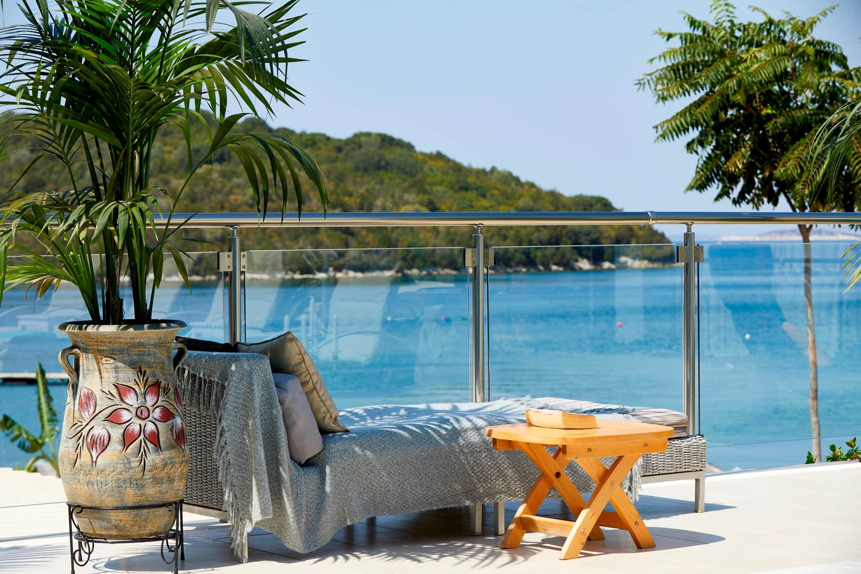 Karvouno-Villas-sivota-luxury-villas-private-kentriki-5