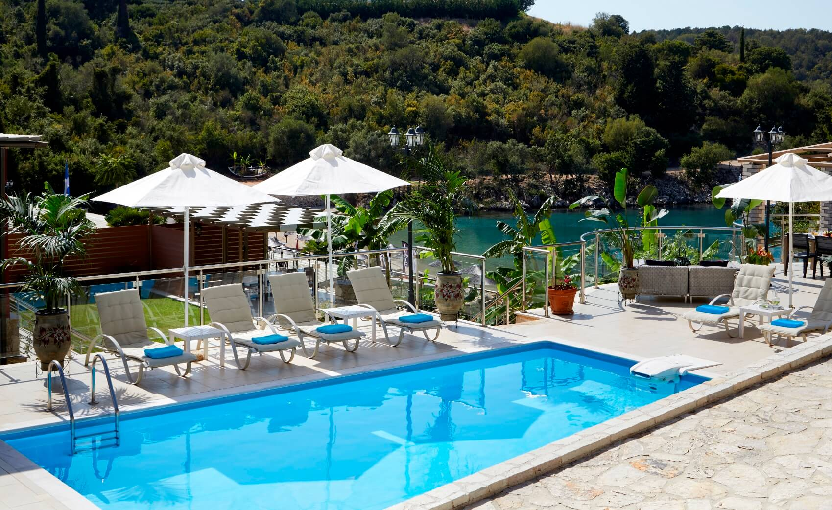Karvouno-Villas-sivota-luxury-villas-private-kentriki-2